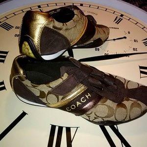 Coach Jenney Criss Cross Velcro Sneakers